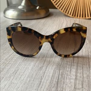 Accessories - Tory Burch Sunglasses